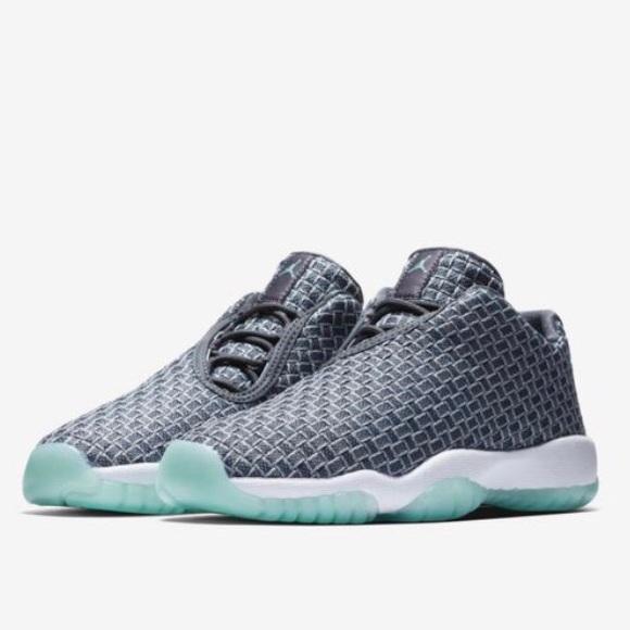 newest collection cde21 9efc2 NIKE Air Jordan Future Low Wolf Gray 724813-006. M 5bdb3e6ee944ba1509843481